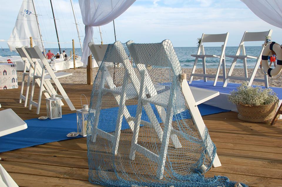 Redes como complemento en bodas marineras